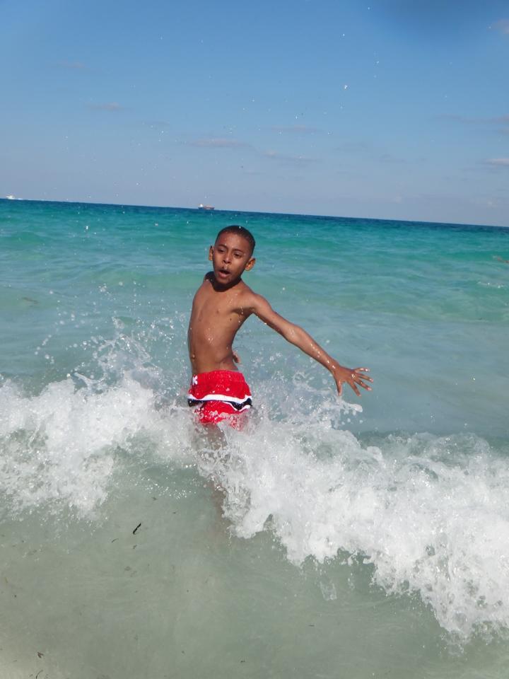 4say on beach